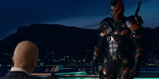 Deathstroke-Lex-Luthor-Justice-League-After-Credits