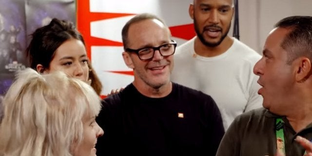 marvel's agents of shield clark gregg chloe bennet