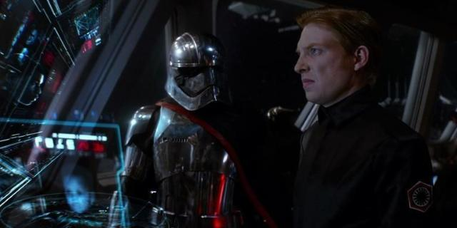 star-wars-the-last-jedi-hux-dies