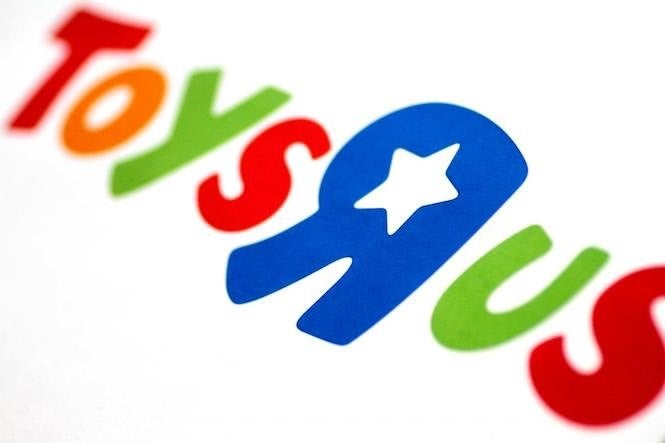 Whoops A Pricing Error On Toys R Us Allowed Some Gamers To Get