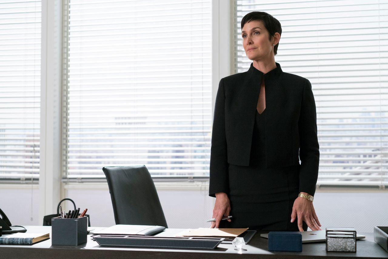 carrie-anne moss as jeri hogarth in jessica jones season 2