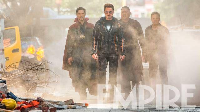 Avengers : Infinity War - Page 8 Avengers-infinity-war-iron-man-doctor-strange-hulk-photo-1-1095473