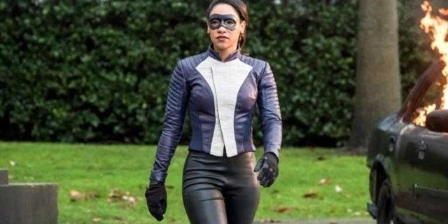 the flash iris west super suit