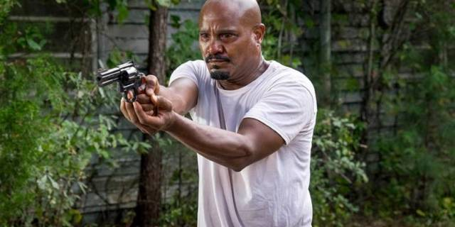 the-walking-dead-episode-811-gabriel-gilliam-935_Fotor