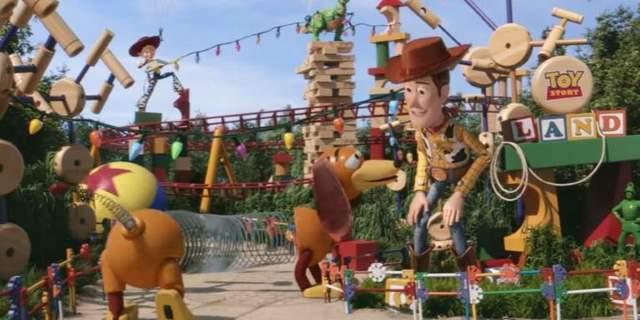 toy-story-land-walt-disney-world-trailer