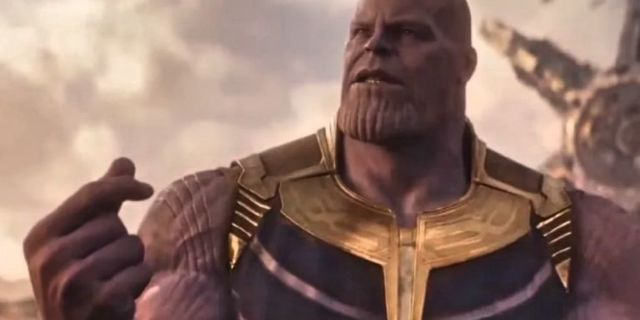 Avengers Infinity War Thanos snap