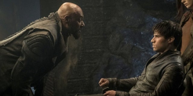 'Krypton' Showrunner Explains General Zod's Shocking Parentage