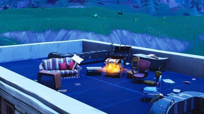 Fortnite TV Emergency Broadcast Points To Meteor Crash