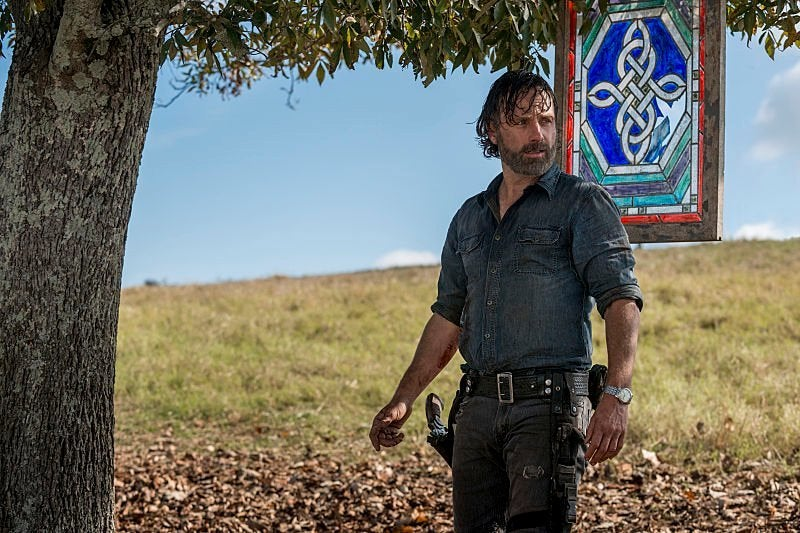 Andrew Lincoln walking away from 'The Walking Dead'