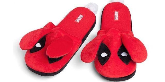 deadpool-bunny-slippers-version-2