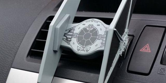 star-wars-tie-fighter-car-smartphone-mount-top