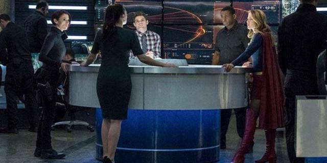 supergirl trinity lena luthor deo