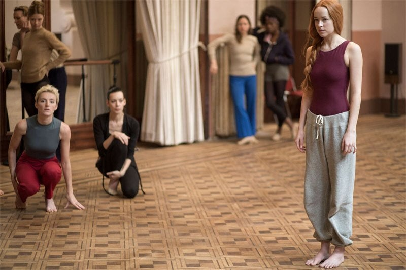 suspiria remake movie dakota johnson 2