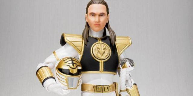 figuarts-white-ranger-top