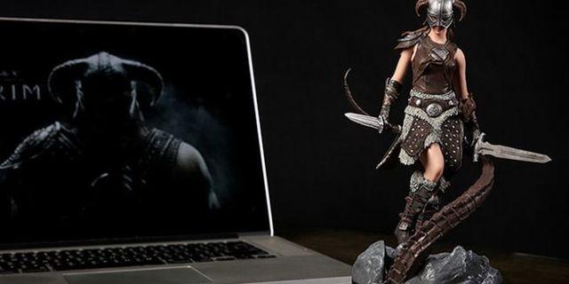 skyrim-female-dragonborn-statue