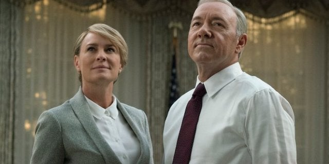 house-of-cards-kevin-spacey-robin-wright-netflix-david-giesbrech-1120719-640x320