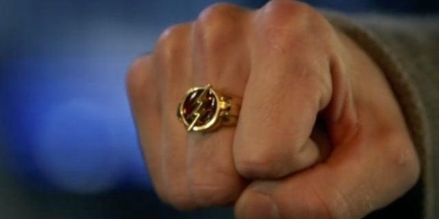 the flash season 5 flash ring