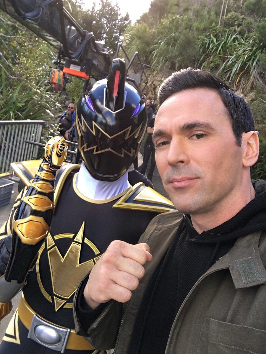 Power-Rangers-25th-Anniversary-Black-Dino-Ranger-Jason-David-Frank