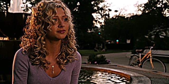 aly-michalka-easy-a