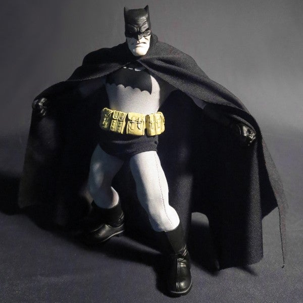 the dark knight returns to dominate all other batman figures