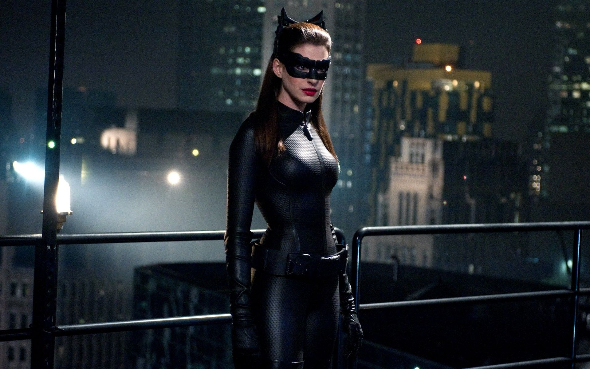 You dark knight rises anne hathaway as catwoman really