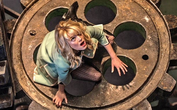 What's The Movie ? Gwen-stacy-01-111447