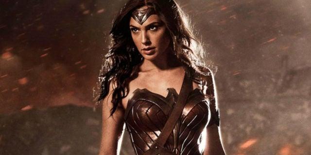 WonderWoman Costume Gal-Gadot