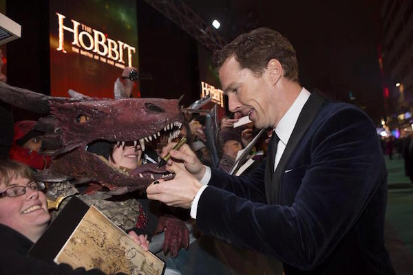 Check Out This Amazing, Cumberbatch-Approved Smaug Cosplay ...
