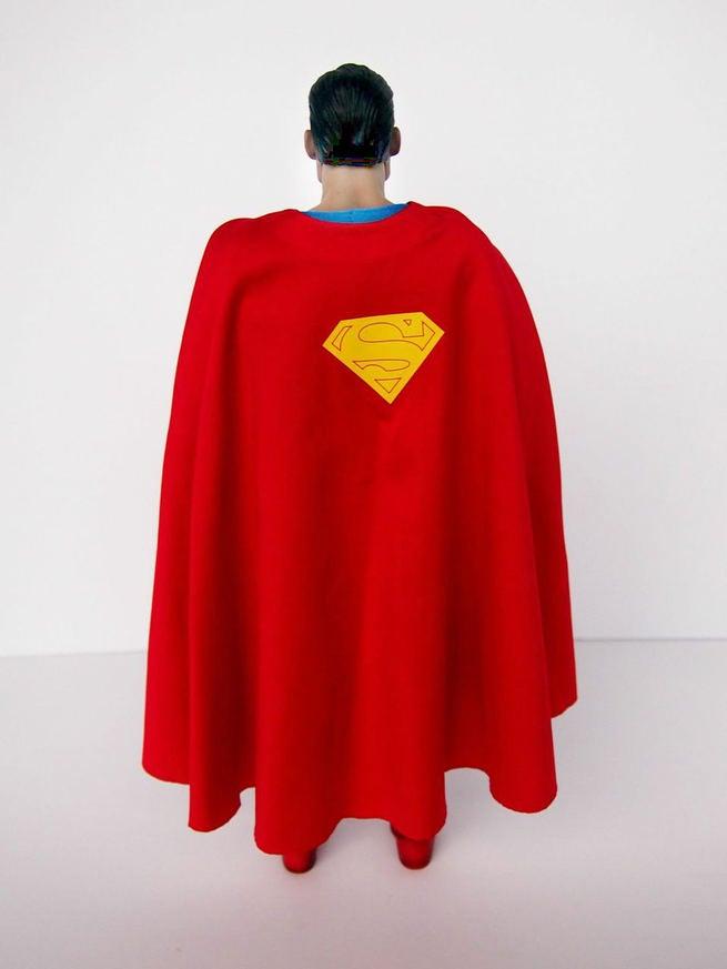 [Sideshow] DC Comics: Superman Sixth Scale - LANÇADO!!! - Página 3 Superman-hot-toys-3-115910