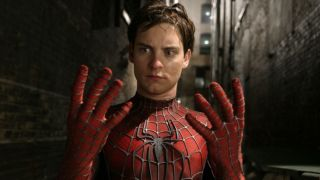 Tobey-Maguire-as-Spider-Man-in-Spider-Man-2-66-960x639