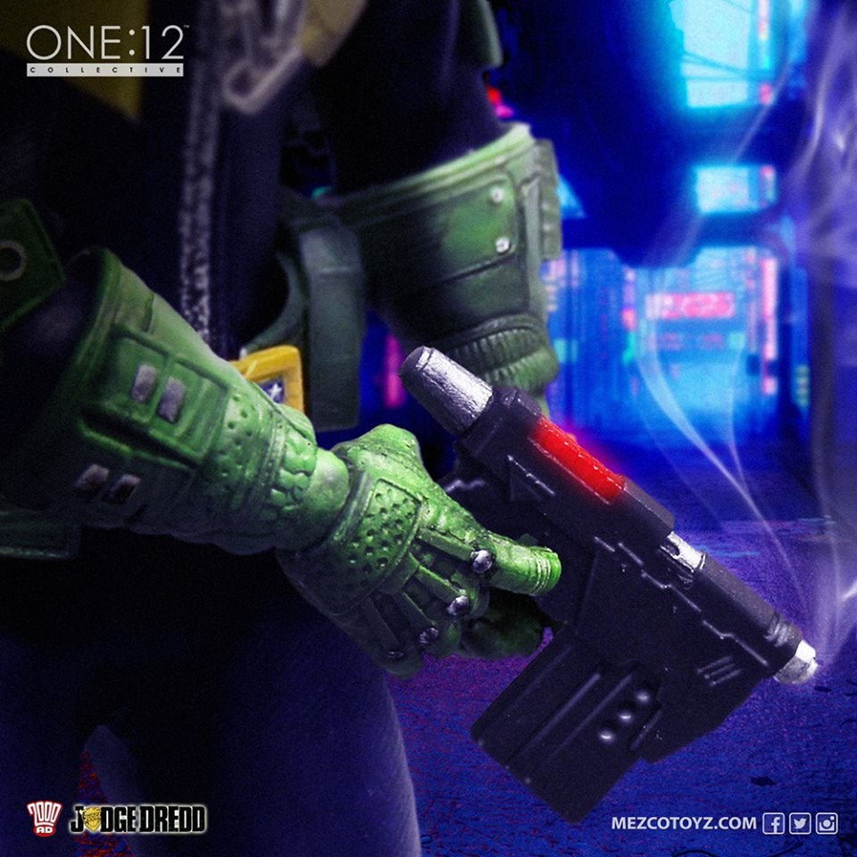 Judge Dredd Gets a Hyper-Detailed New Mezco Action Figure