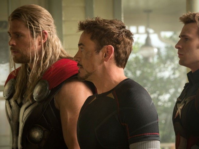 New Avengers: Age Of Ultron Photo Shows Thor, Tony Stark, & Captain America