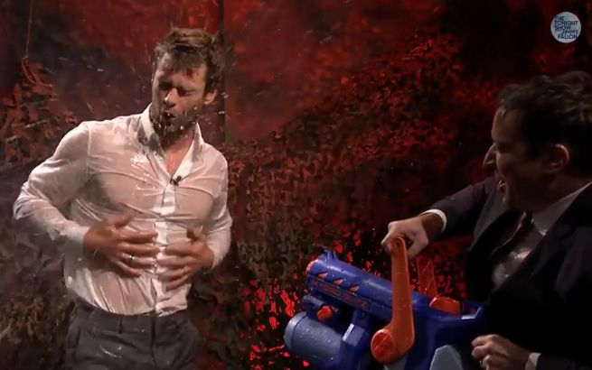Chris Hemsworth Water War