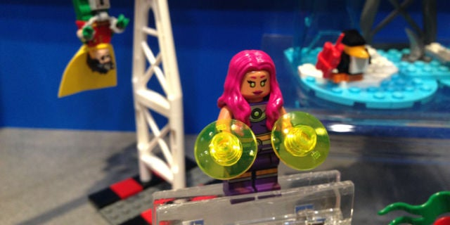 toy fair 2015 lego dc goes crazy with joker and teen titans. Black Bedroom Furniture Sets. Home Design Ideas