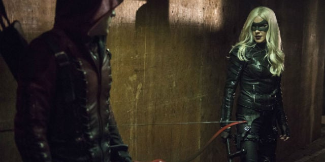 arrow-black-canary-arsenal-midnight-city