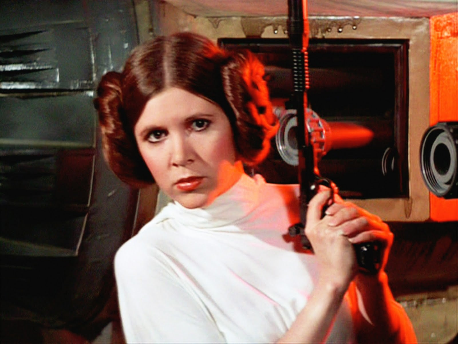seigner-carrie-fisher-tease-busty-sexy