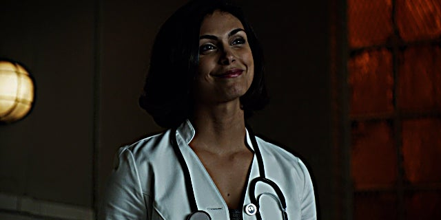 Leslie Thompkins (Gotham) 001