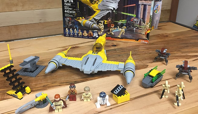 Let's Build The LEGO Star Wars Naboo Starfighter Set