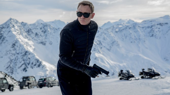 New Report Says Daniel Craig Hasn't Decided On Returning As James Bond Yet