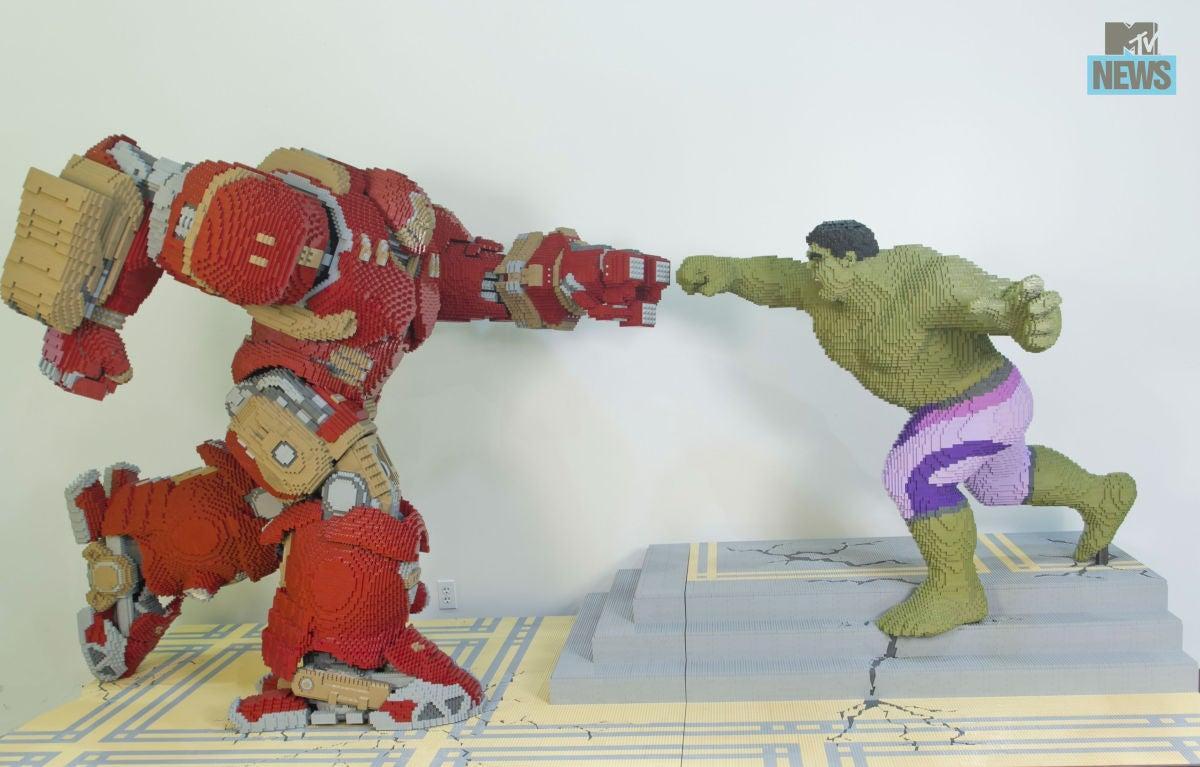 LEGO Builds Hulk Vs. Iron Man's Hulkbuster For Comic Con
