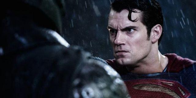 batman-v-superman-cavill