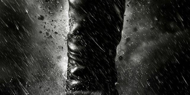 dark-knight-rises-catwoman-poster