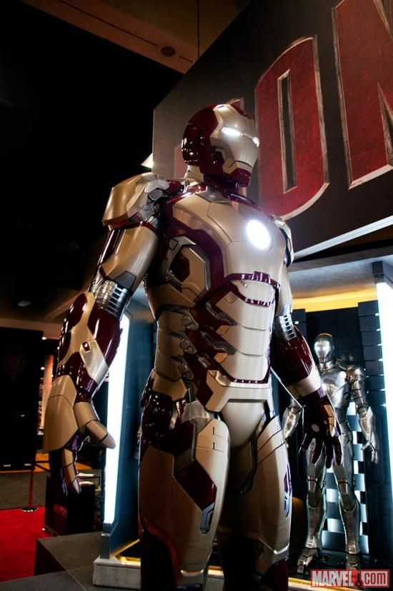 Iron Man 3 new armor gold