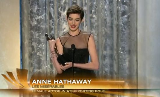Anne Hathaway Thanks The Dark Knight Rises Cast At SAG Awards
