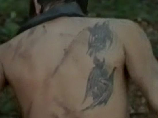 daryl 39 s tattoos on the walking dead create mass confusion