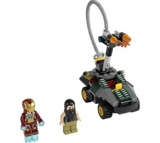 Iron Man Vs. The Mandarin Ultimate Showdon Lego Figures
