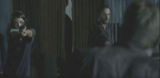 The Walking Dead Maggie shoots zombie