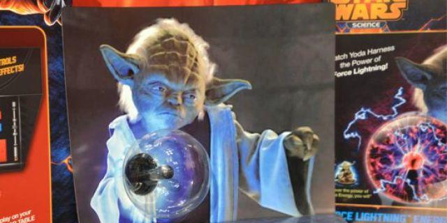 toy-fair-star-wars-yoda