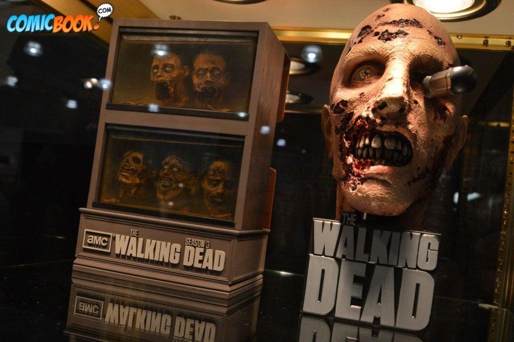 Toy Fair Walking Dead Blu-ray case