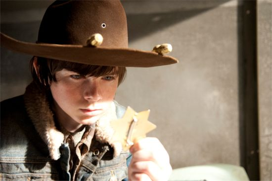 http://comicbook.com/wp-content/uploads/2013/03/walking-dead-welcome-to-the-tombs-carl.jpg